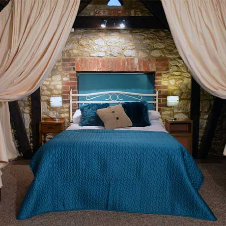 Blake's Barn double bed located on mezzanine